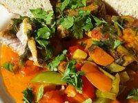 Marokkói csípős hal zöldségekkel